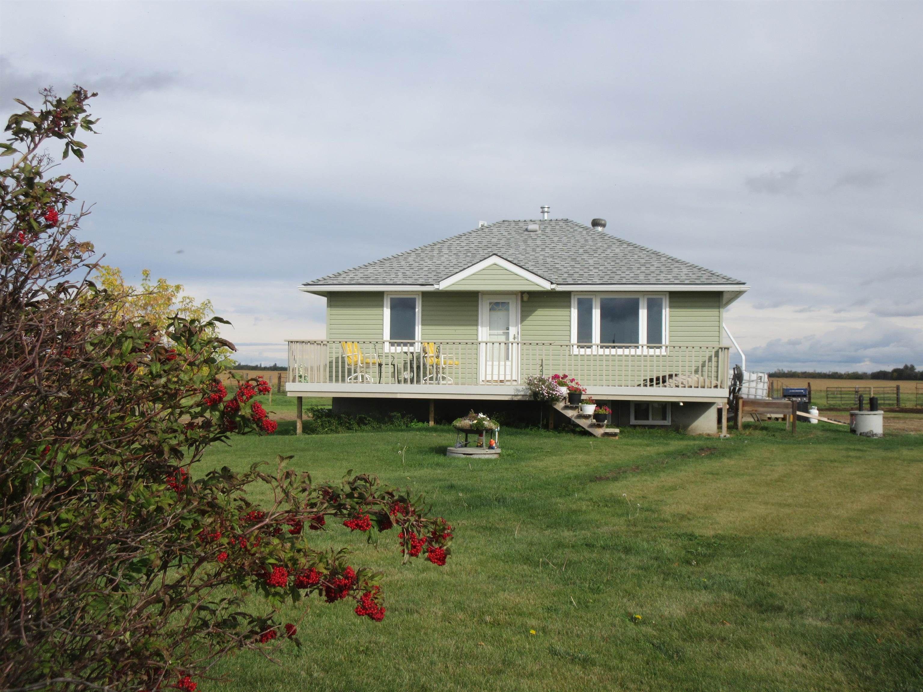 Main Photo: 59157 RR 195: Rural Smoky Lake County House for sale : MLS®# E4262491
