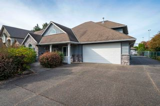 Photo 3: 5543 GROVE Avenue in Delta: Hawthorne House for sale (Ladner)  : MLS®# R2617603