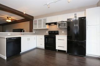 """Photo 7: 146 6747 203 Street in Langley: Willoughby Heights Townhouse for sale in """"Sagebrook"""" : MLS®# R2112675"""