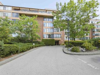 """Photo 11: 310 2101 MCMULLEN Avenue in Vancouver: Quilchena Condo for sale in """"Arbutus Village"""" (Vancouver West)  : MLS®# R2478885"""
