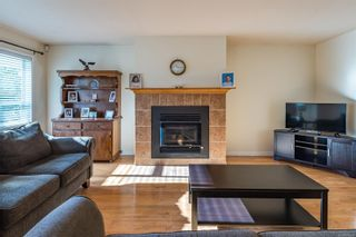 Photo 4: 100 Carmanah Dr in : CV Courtenay East House for sale (Comox Valley)  : MLS®# 866994