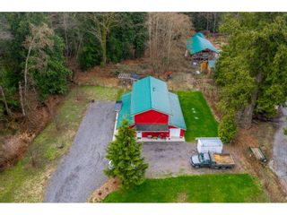 Photo 3: 27350 110 Avenue in Maple Ridge: Whonnock House for sale : MLS®# R2558952
