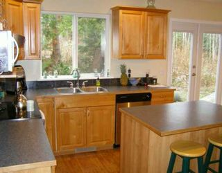 Photo 3: 960 SEAWARD Close in Gibsons: Gibsons & Area House for sale (Sunshine Coast)  : MLS®# V626769