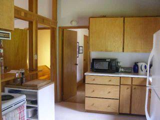 Photo 9: 2703 ROBINSON RD: Roberts Creek House for sale (Sunshine Coast)  : MLS®# V887356
