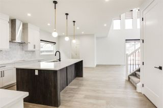 Photo 10: 7446 COLONEL MEWBURN Road in Edmonton: Zone 27 House for sale : MLS®# E4233068