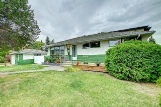 Photo 2: 8304 148 Street in Edmonton: Zone 10 House for sale : MLS®# E4265005