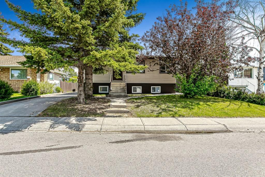 Main Photo: 1110 34 Street SE in Calgary: Albert Park/Radisson Heights Detached for sale : MLS®# A1120308