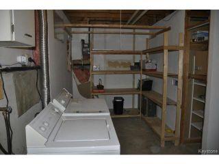 Photo 17: 713 Laxdal Road in WINNIPEG: Charleswood Residential for sale (South Winnipeg)  : MLS®# 1400736