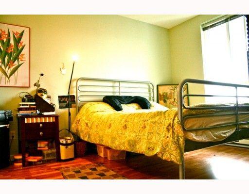 Photo 5: Photos: 409 12639 NO 2 Road in Richmond: Steveston South Condo for sale : MLS®# V811659