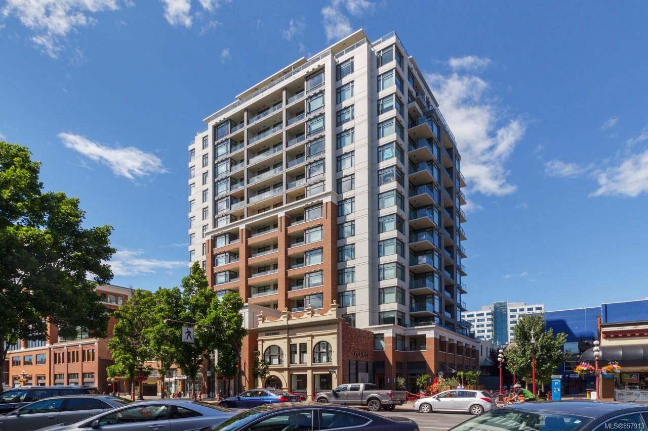 Main Photo: 1011 728 Yates St in : Vi Downtown Condo for sale (Victoria)  : MLS®# 857913