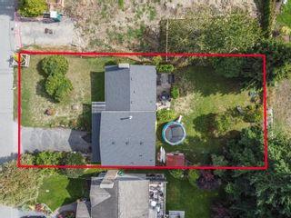 Photo 5: 15500 OXENHAM Avenue: White Rock House for sale (South Surrey White Rock)  : MLS®# R2620472