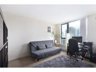 """Photo 4: # 1907 977 MAINLAND ST in Vancouver: Yaletown Condo for sale in """"YALETOWN PARK III"""" (Vancouver West)  : MLS®# V1015117"""