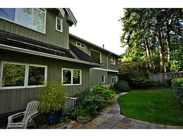 Photo 18: Photos: 2915 TOWER HILL CR in West Vancouver: Altamont House for sale : MLS®# V1027528