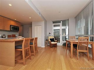 Photo 8: 302 399 Tyee Rd in VICTORIA: VW Victoria West Condo for sale (Victoria West)  : MLS®# 637735