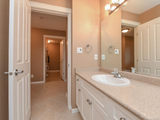 Photo 30: 106 2077 St Andrews Way in COURTENAY: CV Courtenay East Row/Townhouse for sale (Comox Valley)  : MLS®# 836791