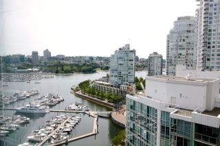 """Photo 16: 2006 1077 MARINASIDE Crescent in Vancouver: Yaletown Condo for sale in """"MARINASIDE RESORT"""" (Vancouver West)  : MLS®# R2074726"""