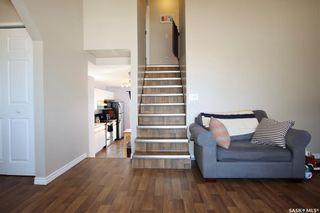 Photo 5: 202 Lochrie Crescent in Saskatoon: Fairhaven Residential for sale : MLS®# SK850647