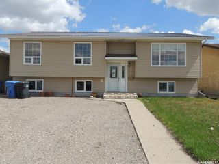 Photo 1: 485 Petterson Drive in Estevan: Residential for sale : MLS®# SK821691