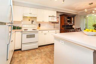 "Photo 10: 26 9036 208 Street in Langley: Walnut Grove Townhouse for sale in ""Hunter's Glen"" : MLS®# R2159058"