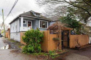 Photo 3: 3234 PRINCE EDWARD Street in Vancouver: Fraser VE House for sale (Vancouver East)  : MLS®# R2541850