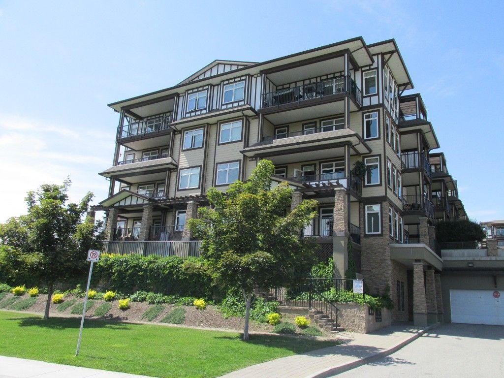 Main Photo: #4404 3842 Old Okanagan Hwy in West Kelowna: Westbank Condo for sale : MLS®# 10117167