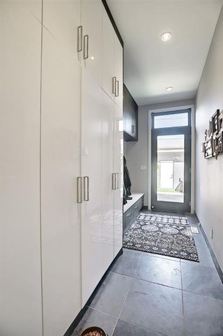 Photo 16: 3611 33 Street SW in Calgary: Rutland Park Semi Detached for sale : MLS®# A1143342