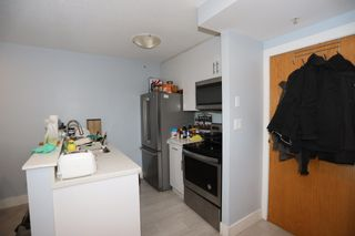 Photo 3: 2208 939 HOMER Street in Vancouver: Yaletown Condo for sale (Vancouver West)  : MLS®# R2619683