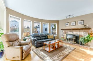 """Photo 7: 5346 LAUREL Way in Ladner: Hawthorne House for sale in """"Victory South"""" : MLS®# R2030940"""