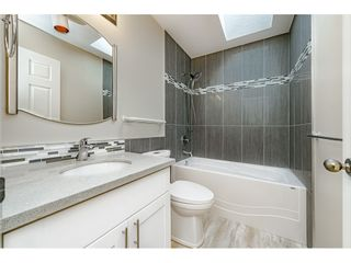 Photo 21: 10 2345 CRANLEY DRIVE in Surrey: King George Corridor Manufactured Home for sale (South Surrey White Rock)  : MLS®# R2528785