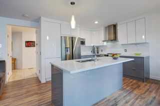 Photo 5: 1004 Everridge Drive SW in Calgary: Evergreen Detached for sale : MLS®# A1149447