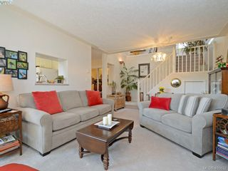 Photo 4: 6 300 Six Mile Rd in VICTORIA: VR Six Mile Row/Townhouse for sale (View Royal)  : MLS®# 799433