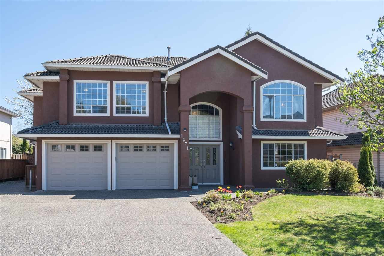 Main Photo: 1371 EL CAMINO Drive in Coquitlam: Hockaday House for sale : MLS®# R2569646