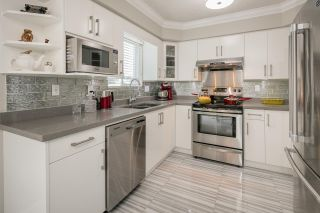 """Photo 8: 5011 HOLLYMOUNT Gate in Richmond: Steveston North House for sale in """"HOLLY PARK - NORTH STEVESTON"""" : MLS®# R2087509"""