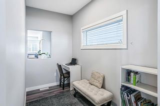 Photo 3: 1136 Legacy Circle SE in Calgary: Legacy Detached for sale : MLS®# A1150973
