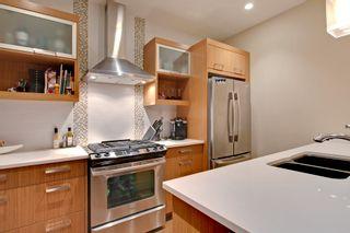 Photo 6: 2 36 Street SW in Calgary: Duplex for sale : MLS®# C3641142