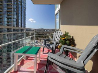"""Photo 8: 2301 2968 GLEN Drive in Coquitlam: North Coquitlam Condo for sale in """"Grand central II"""" : MLS®# R2552070"""
