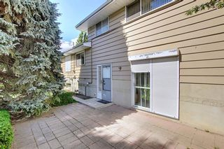Photo 18: 5631 Ladbrooke Place SW in Calgary: Lakeview Detached for sale : MLS®# A1109810