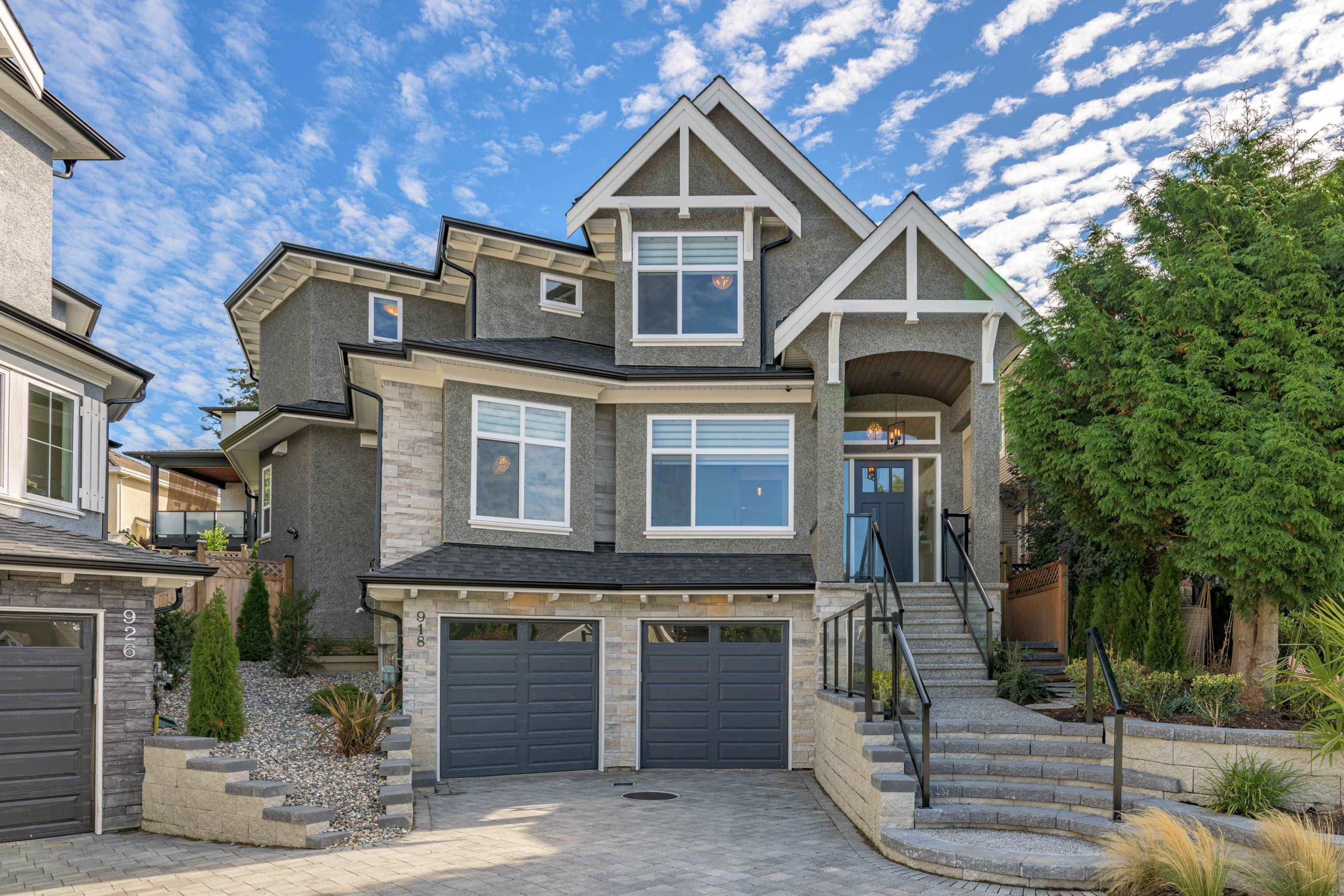 Main Photo: 918 163 Street in Surrey: King George Corridor House for sale (South Surrey White Rock)  : MLS®# R2620302