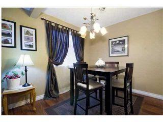 Photo 4: 7027 18 Street SE in CALGARY: Lynnwood Riverglen Residential Detached Single Family for sale (Calgary)  : MLS®# C3553776