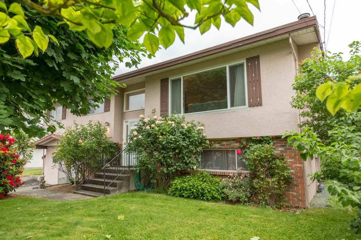 Main Photo: 45167 DEANS Avenue in Chilliwack: Chilliwack W Young-Well House for sale : MLS®# R2171974