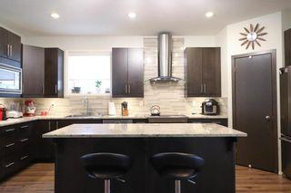 Photo 5: 71 Rose Garden Crescent in Winnipeg: Bridgwater Lakes Residential for sale (1R)  : MLS®# 202101551