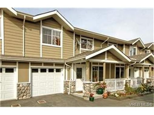 Main Photo:  in : La Langford Proper Row/Townhouse for sale (Langford)  : MLS®# 428967