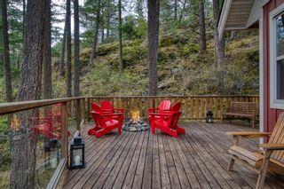 "Photo 20: 13555 LEE Road in Garden Bay: Pender Harbour Egmont House for sale in ""DANIEL POINT COTTAGES"" (Sunshine Coast)  : MLS®# R2621432"
