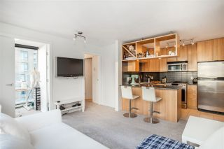 Photo 3: 1404 1010 RICHARDS STREET in Vancouver: Yaletown Condo for sale (Vancouver West)  : MLS®# R2422840