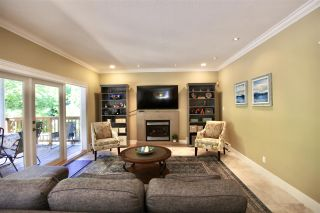 """Photo 11: 2683 NORTHCREST Drive in Surrey: Sunnyside Park Surrey House for sale in """"Woodshire Park"""" (South Surrey White Rock)  : MLS®# R2487213"""