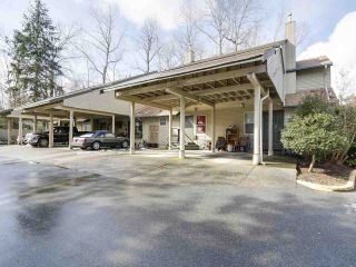 Photo 1: 1875 LILAC DRIVE in Surrey: King George Corridor Townhouse for sale (South Surrey White Rock)  : MLS®# R2144648
