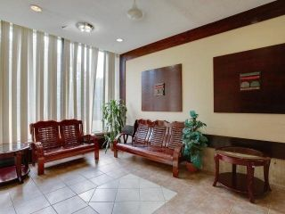 Photo 4: 103 10 Sunny Glenway in Toronto: Flemingdon Park Condo for sale (Toronto C11)  : MLS®# C3670826