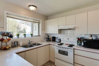 Photo 21: 10193 Fifth St in : Si Sidney North-East Half Duplex for sale (Sidney)  : MLS®# 870750
