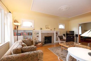 Photo 2: 3004 W 14TH AVENUE in Vancouver: Kitsilano House for sale (Vancouver West)  : MLS®# R2519953