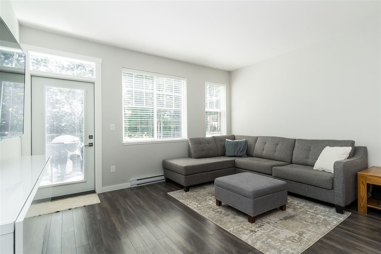 """Photo 14: Photos: 13 2850 MCCALLUM Road in Abbotsford: Central Abbotsford Townhouse for sale in """"Urban Hillside"""" : MLS®# R2478598"""